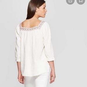 Universal Thread red embroidered top